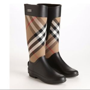 NWOT Burberry Clemence Rain Boots
